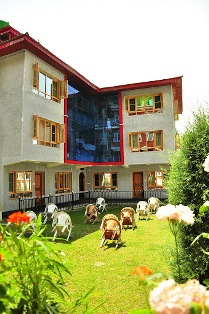 New wing of Swiss Hotel Kashmir